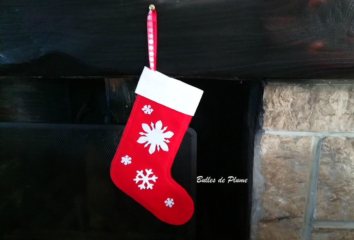 Fabriquer Deco Noel En Feutrine bulles de plume: diy chaussette de noël en feutrine