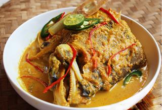 Resep Ikan Woku Belanga Kuah Kuning Khas Manado