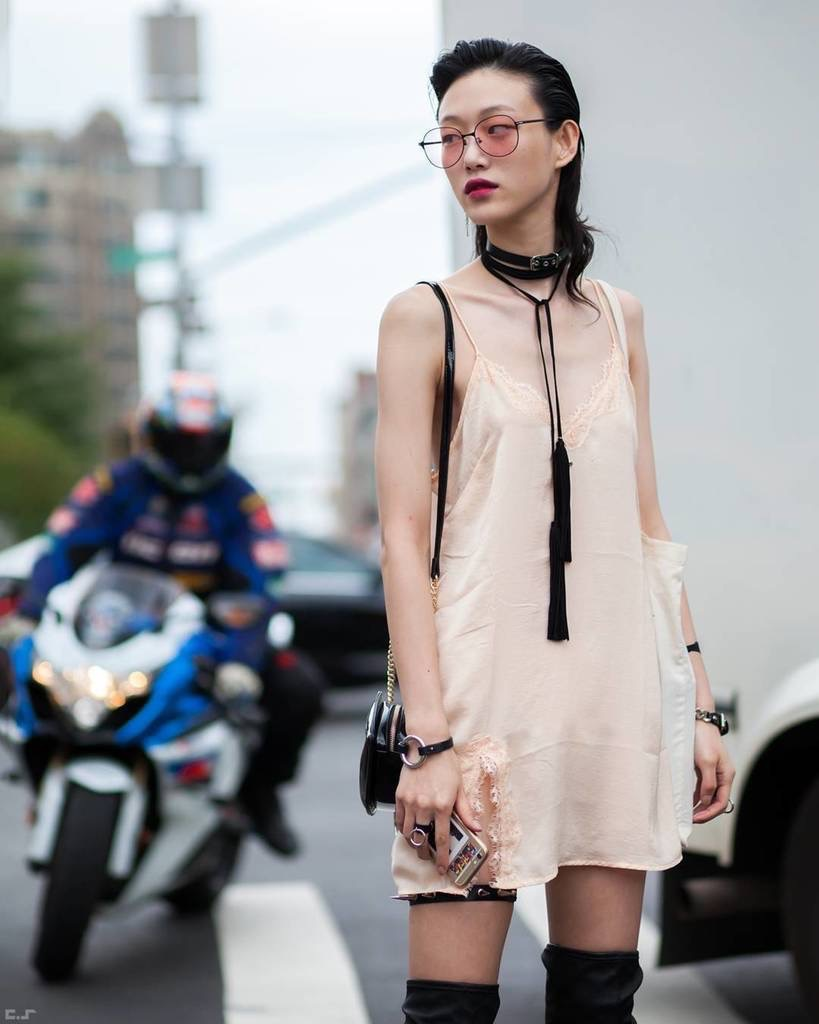 Street Style New York Fashion Week Spring 2017 Cool Chic Style Fashion