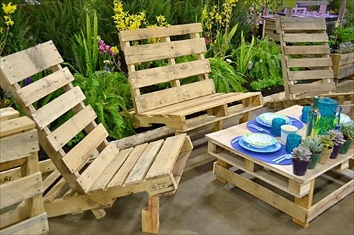 pallet garden furniture cushions