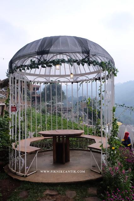 sangkar burung tafso, Bandung