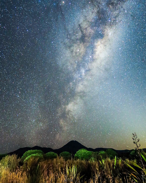 Milky Way under Mount Nguaruhoe