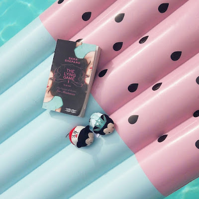 Avis The Lying Game tome 1 Tu es moi série livre Sara Shepard Pretty Little Liars différences Coin des licornes Blog littéraire Toulouse