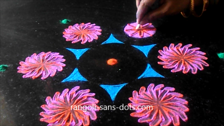 rangoli-designs-with-bangles-buds-122ae.png