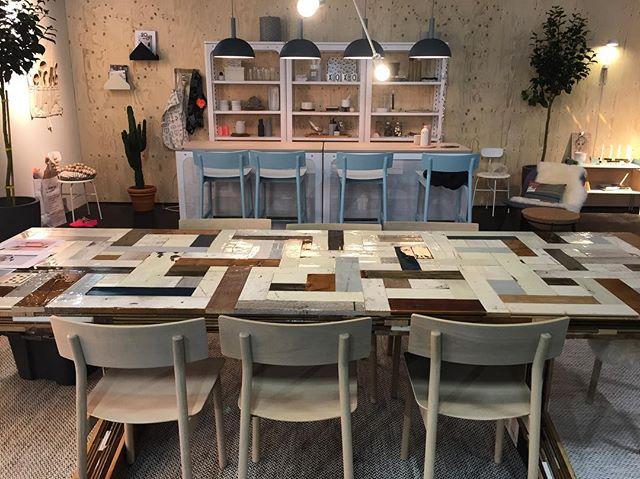 Bekanntes auf der Kölner Möbelmesse imm cologne 2017: decor8 im altbackenen Recycling-Wahn