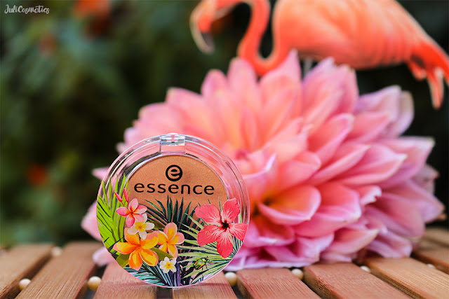 essence-exit-to-Explore-eyeshadow-03-apricot-cockatoo