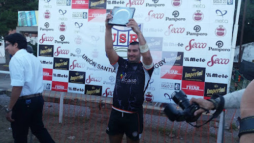 Santiago: Olímpico gritó campeón