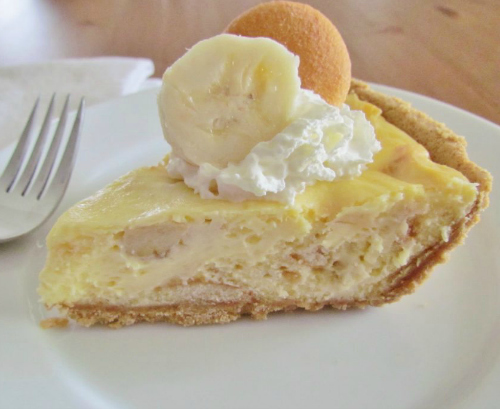 Banana Pudding Cheesecake by The Country Cook
