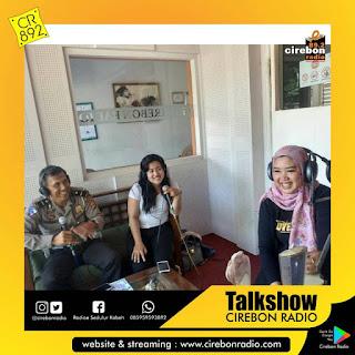 Talkshow Sareng @lentyc_cirebon Lan Bpk. Kanit Indrijanto Saking Polres Cirebon Kota @humas_ciko  Ngobrol Tentang Acara Kartini Tgl 21 April 2018