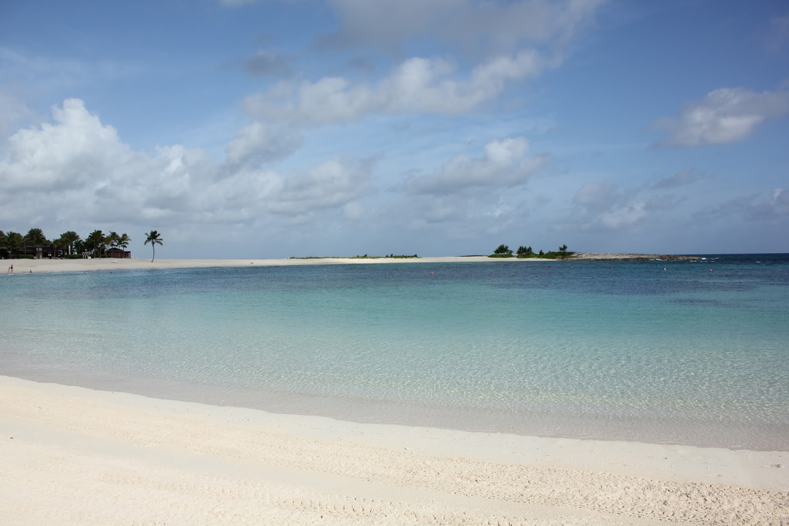 Atlantis Paradise Island: The Perfect Spring Break Family ...