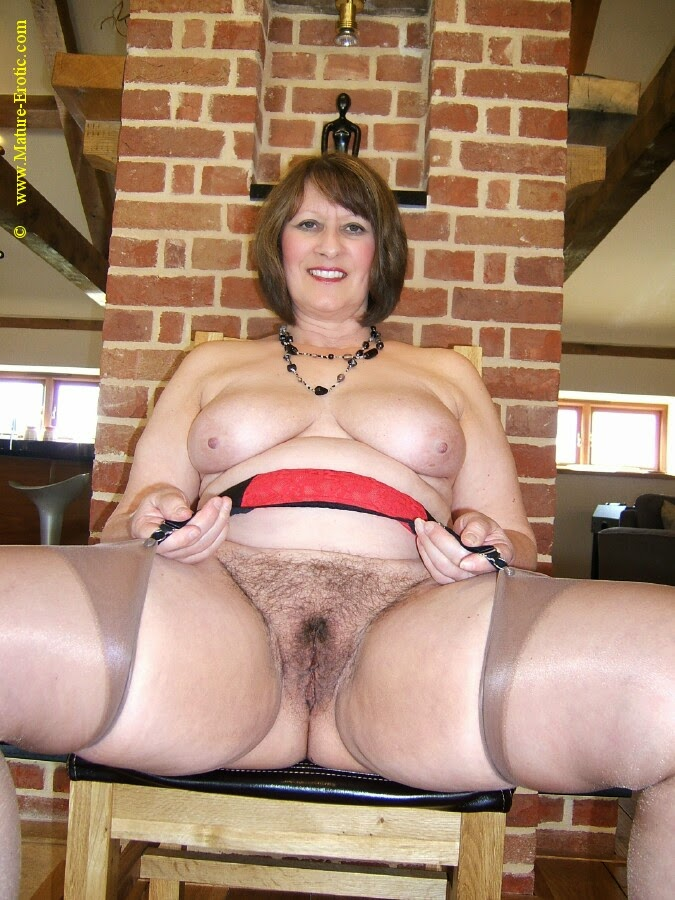 mature erotic cindy