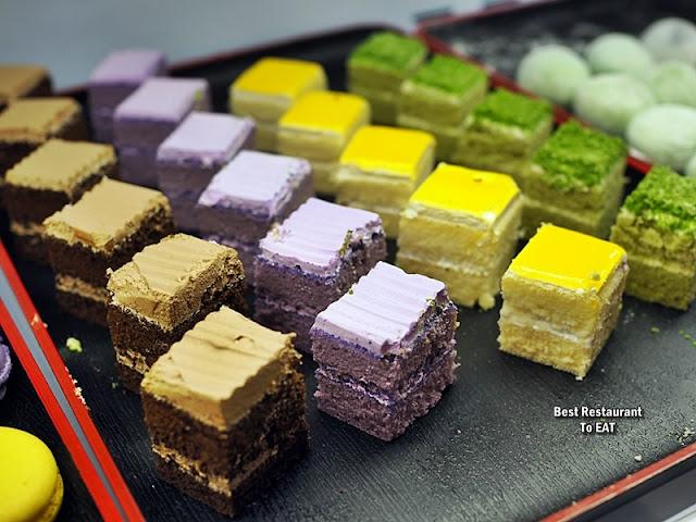 牛摩 Wagyu More Sunway Pyramid Malaysia Shabu Shabu Buffet Menu - Desserts - Cakes