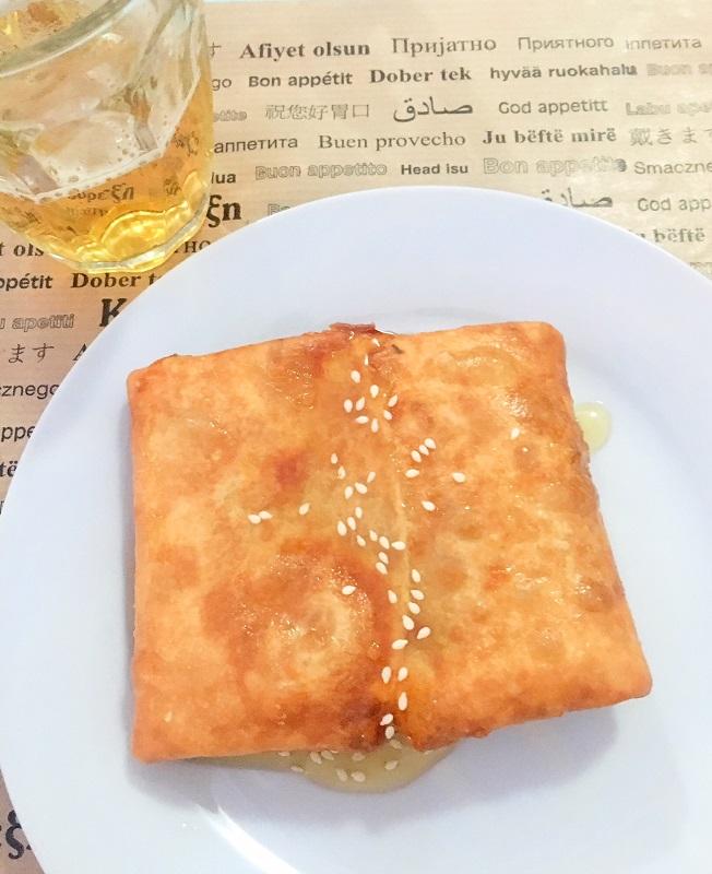 cosa-mangiare-in-grecia-saganaki