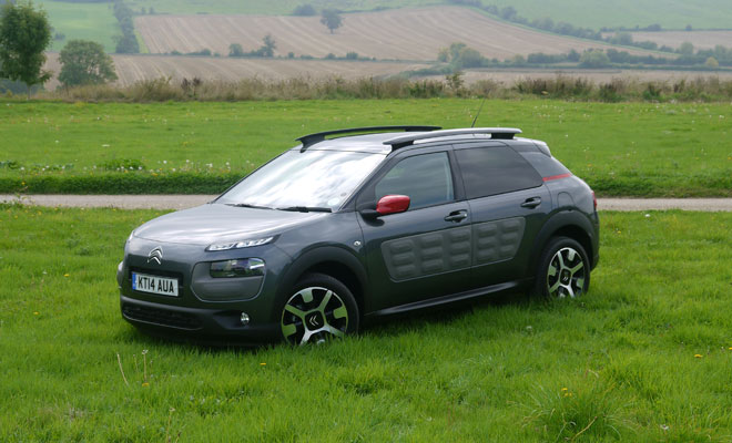Citroen C4 Cactus side front view