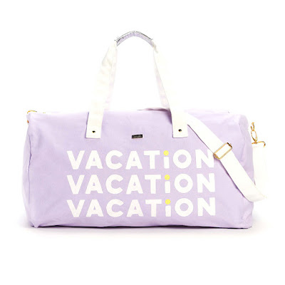 must-haves-in-duffel-bag-for-vacation