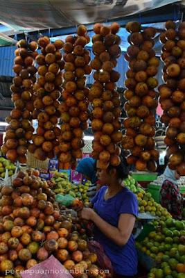 buah khas berastagi