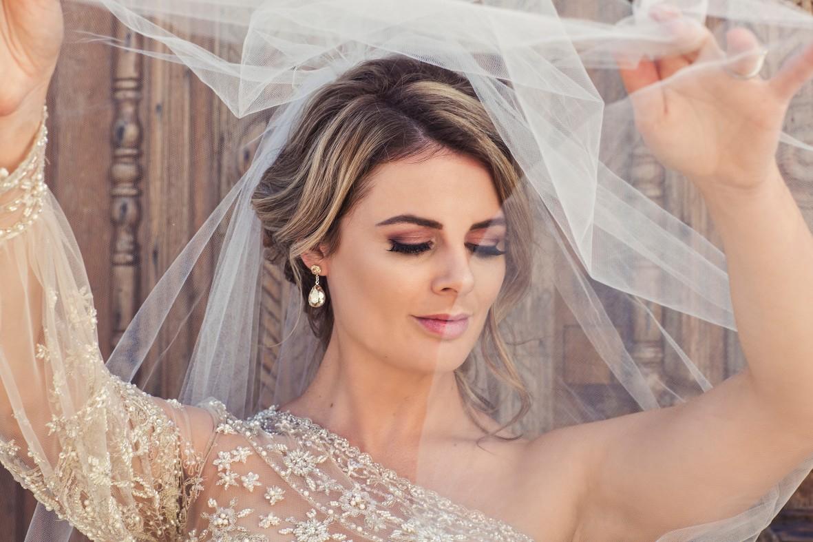 Q+A: TRULY GORGEOUS BRIDES | BRIDAL HAIRSTYLIST PERTH WA