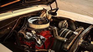 1964 Chevrolet Impala SS Engine 01