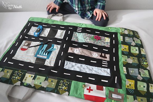 tapis de jeu enfant circuit de voitures