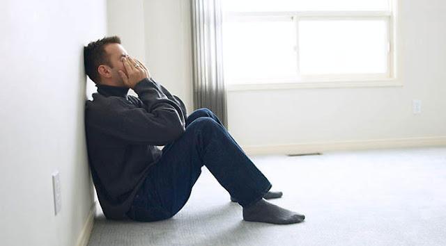 Saat Suami Dirundung Masalah, Istri Harus Bagaimana?