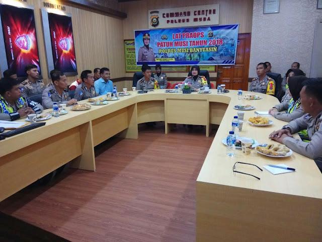 27 Anggota Polri Di Musi Banyuasin Ikuti Latpra OPS Patuh Musi 2018