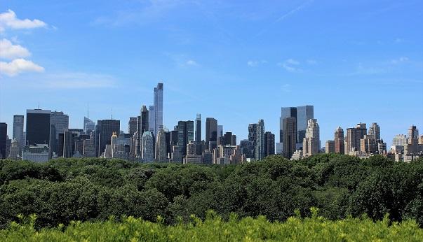 En takterrass med strålande utsikt över Central Park