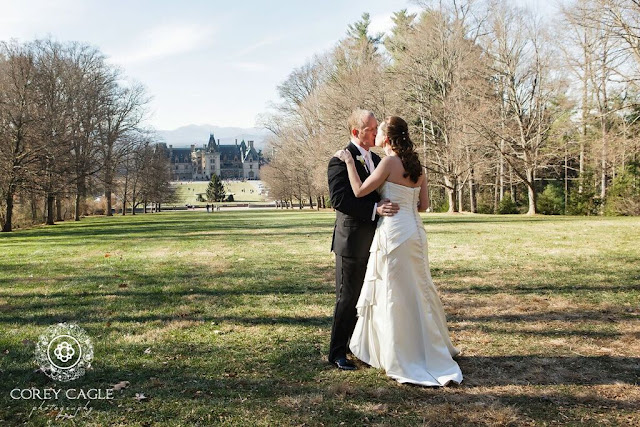 Bride and Groom at Biltmore House | Corey Cagle Photography