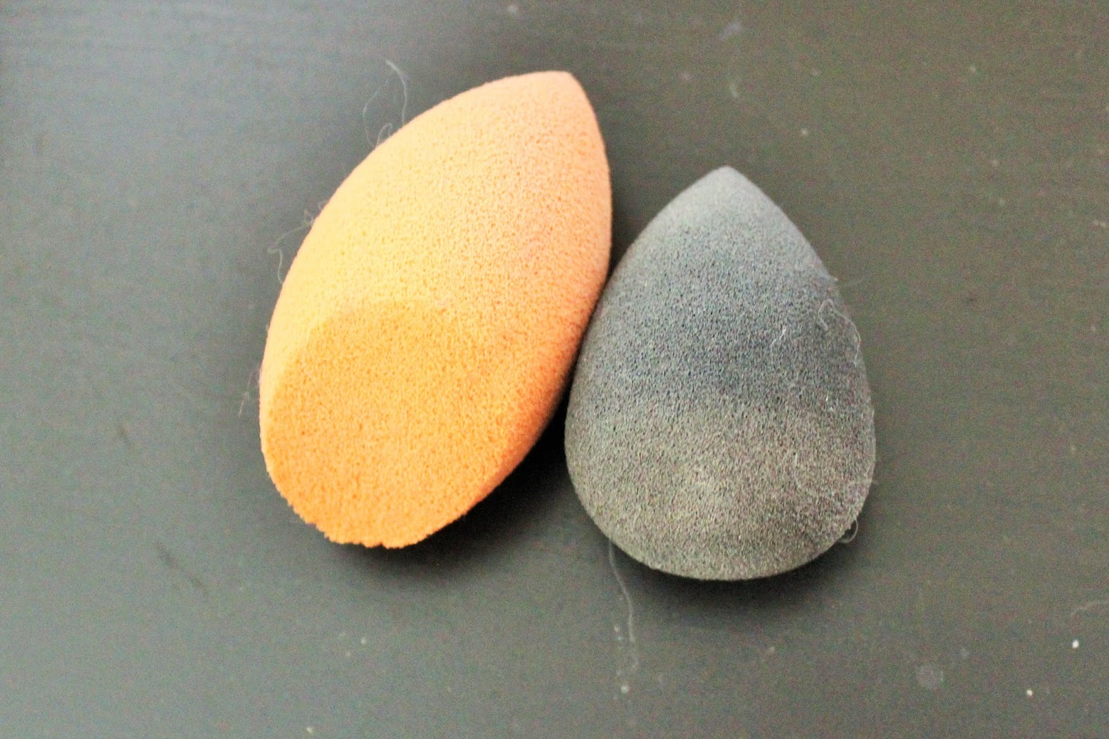 Beauty Blender vs Real Techniques