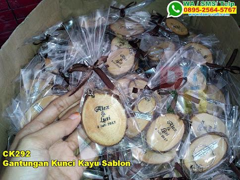 Toko Gantungan Kunci Kayu Sablon