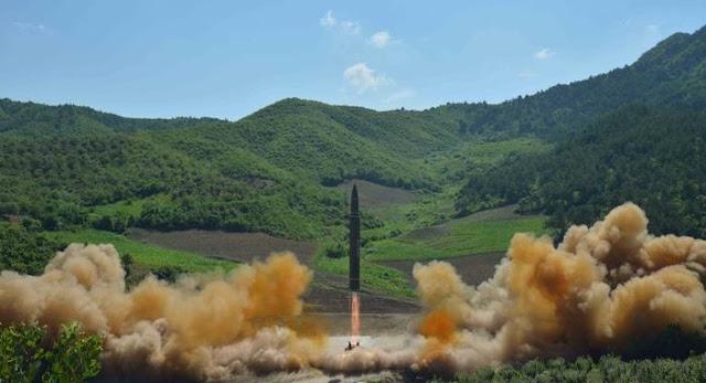 O Japão minimizou a oferta da Coreia do Sul de realizar conversações militares com a Coreia do Norte, dizendo que a prioridade deveria ser de pressão sobre Pyongyang