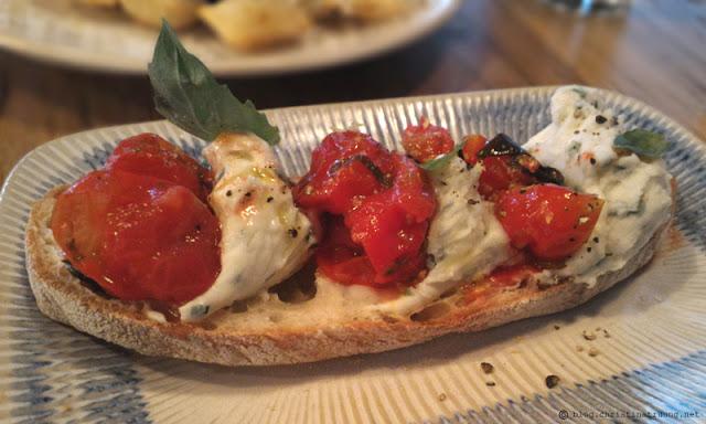 Jamie Oliver Jamie's Italian Tomato and Ricotta Bruschetta
