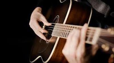 Nên Chọn mua đàn Guitar giá rẻ hay không tại sao