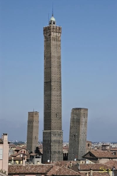 Robs Webstek: Towers of Bologna