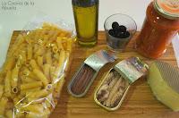 Penne rigate tomate atún anchoa receta ingredientes