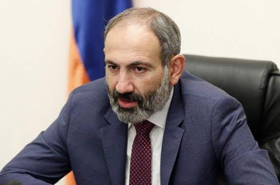 Pashinyan condena los simulacros de la base rusa