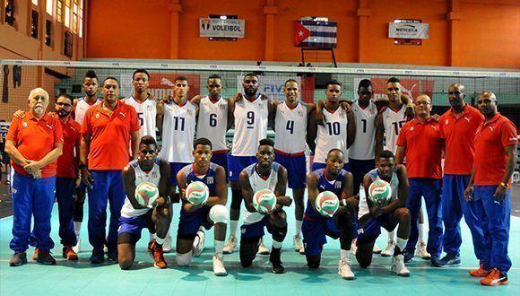 Las personas se creen que el voleibol cubano esta así, que no le gana a nadie; la falta de respeto con la afición es tan grande que dan deseos de llorar