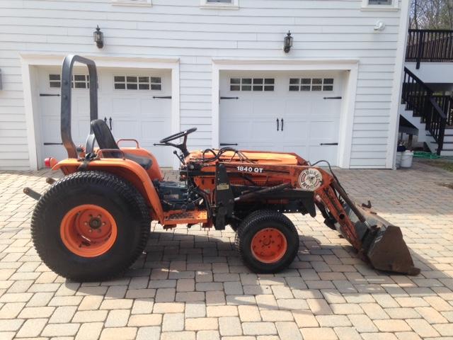 Kubota B7200 Tractor Seat : Newsearch equipment salvage kubota b with bush hog