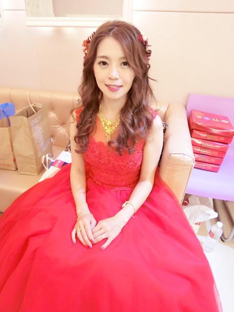 台北新秘 | 台北新秘推薦 | 新娘秘書 | 新娘造型| 送客造型 | 紅色禮服 | 乾燥花造型