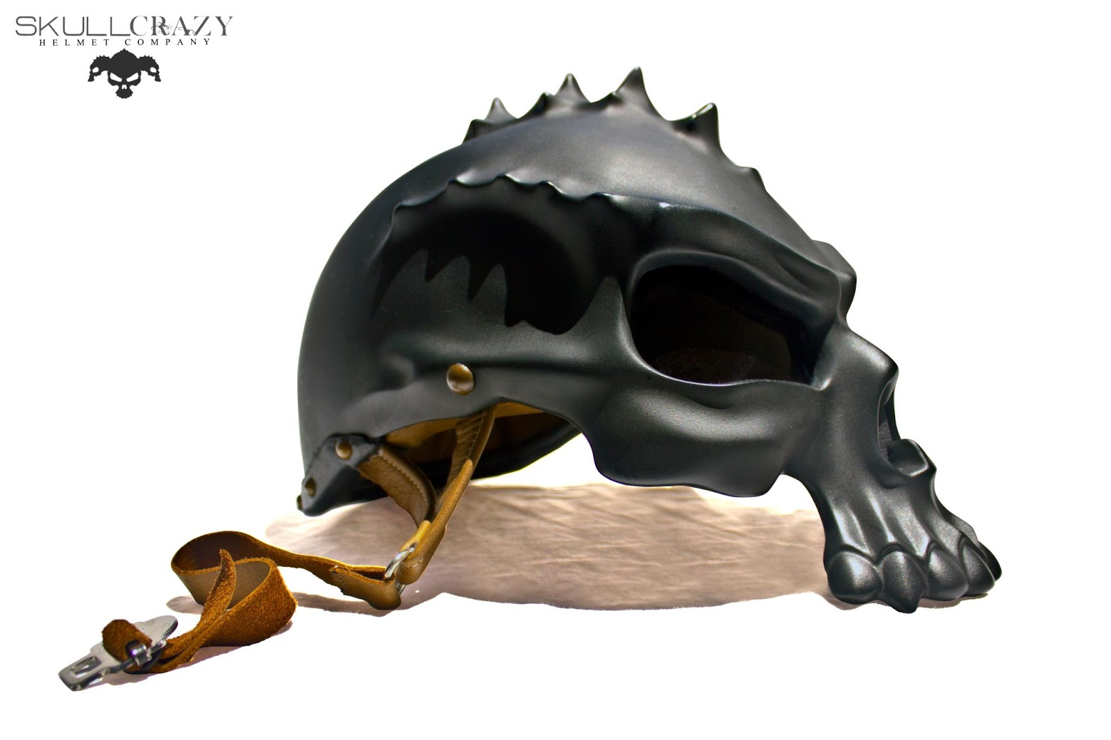 casco craeno negro