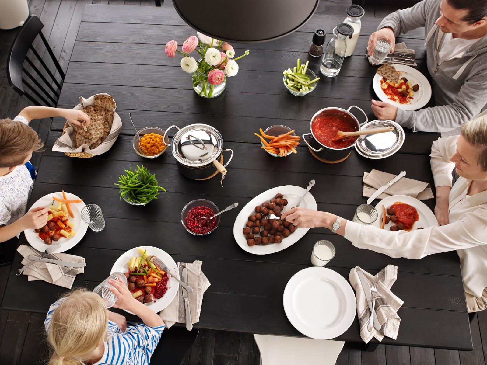cenas en familia ikea