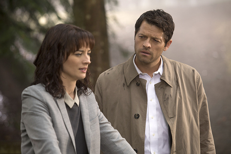 Recap/Review of Supernatural 10x07 'Girls, Girls, Girls'