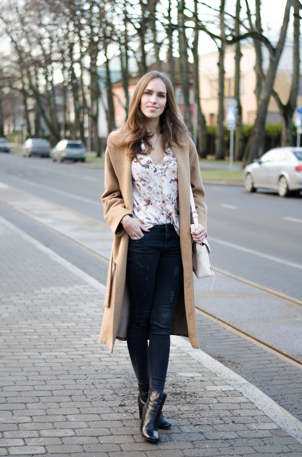 camel coat black jeans winter fashion