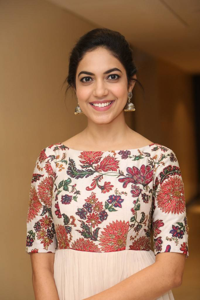 Beautiful Telugu Girl Ritu Varma At National Award Winning Celebrations