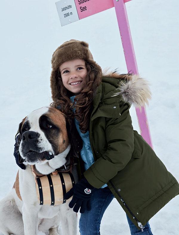Camperas con capuchas otoño invierno 2018. Ropa para niñas invierno 2018.