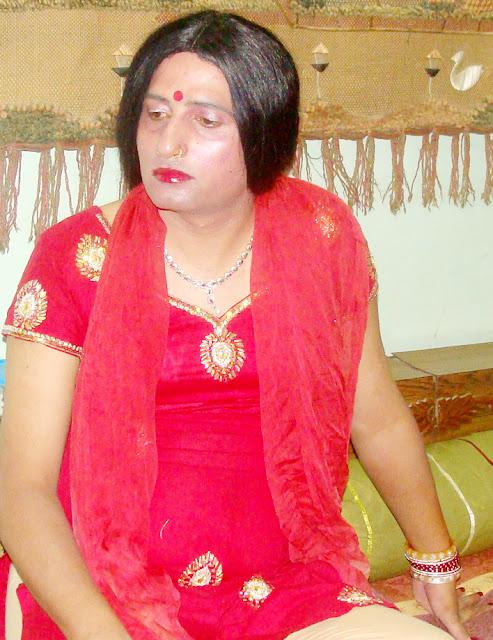 boy wearing wedding chooda and salwar