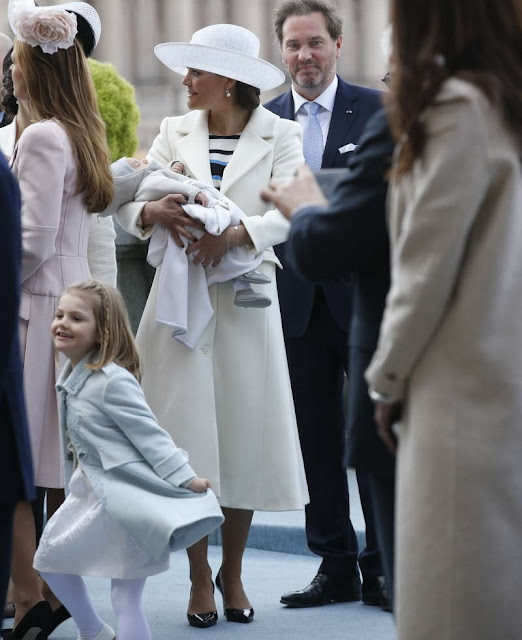 rown Princess Victoria, Princess Estelle, Prince Oscar, Prince Daniel, Princess Sofia, Princess Madeleine of Sweden,Christopher O'Neill, Former Spanish Queen Sofia and King Juan Carlos, Crown Prince Frederik and Crown Princess Mary
