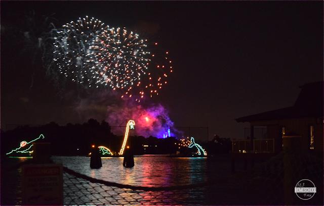 disney-world-fireworks-spot-watch-free