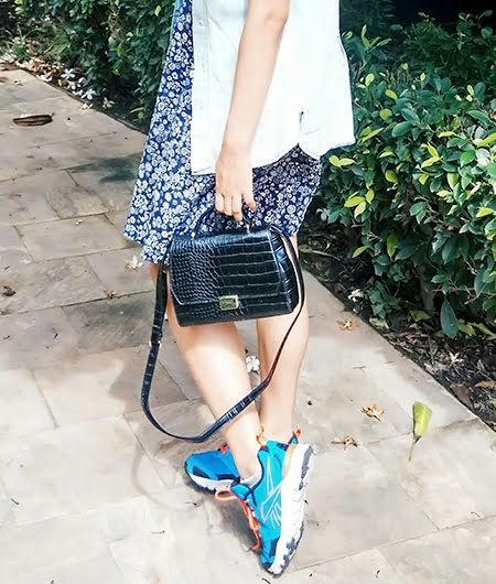 zara black bag , reebok hexalite shoes, fashion blogger