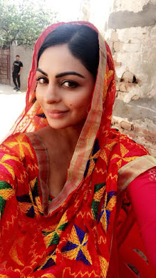 Neeru Bajwa Wiki, Height, Weight, Age, Husband, Family and Biography