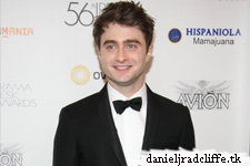 Updated(3): Daniel Radcliffe attends and presents at 56th annual Drama Desk Awards